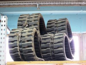 Rubber tracks for mini excavators Volvo